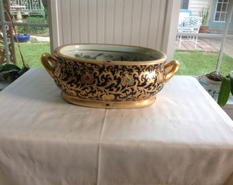 Beautiful cobalt and gold oval oriental bowl