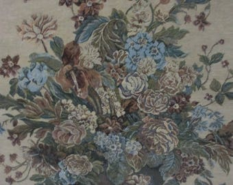 "Tapestry Floral Urn Woven Tapestry Wall Hanging 34"" x 26"""