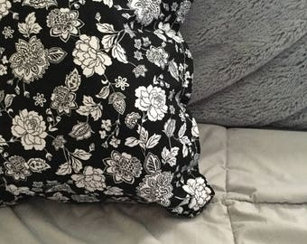 Black and white flowers pillow