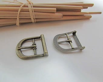10 small belt buckle for strap to max 14 mm - bronze metal - 2.2 x 1.9 cm - 3.40