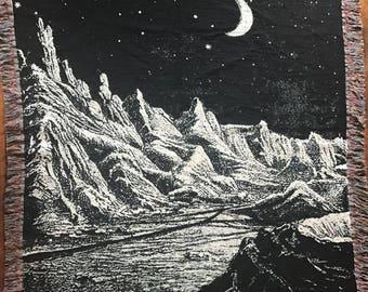 "50"" x 60"" Lunar Woven Cotton Throw Blanket"