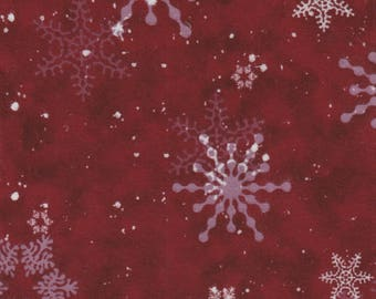 Creature Comforts FLANNEL - Per Yd - Clothworks - Barb Tourtillotte - Dark Red