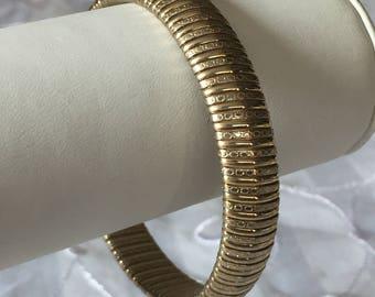 Gold Bangle Bracelet, Vintage Avon, Elegant gold bracelet, Avon Bracelet, Gold Tone Bracelet by Avon