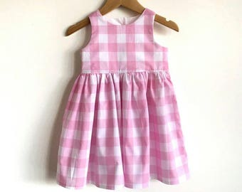 Dress // tea party // pink // gingham // girl gift // occassion // classic // country