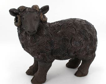 Aries black stoneware