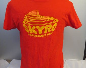 Vintage Flying Disc (Frisbee) Shirt - Skyro The Long Distance Flyer - Men's L