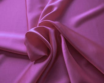 1712-130 - Crepe Satin silk 100%, width 135/140 cm, made in Italy, dry cleaning, weight 100 gr