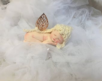 Sleeping Baby Angel,Gold Wings,Polymer Clay Baby,So Cute,Worldwide Shipping!