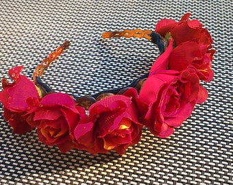 Headband with rose petals