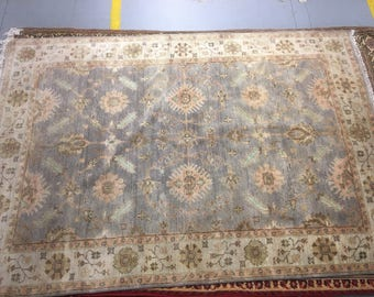 Antique style carpet 100% wool flowered pattern gray and beige color warm rug old rug big rug retro suitable for home and for restaurant.