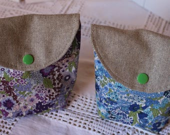 Mini zippered pouch lined in linen and liberty blue pattern
