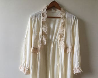 Vintage 60's nightgown robe