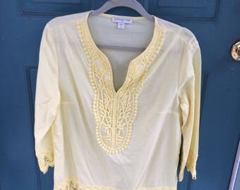 Vintage Coldwater Creek Crocheted Lace Pale Yellow Top Tunic Blouse in a Small