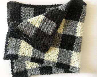 Crochet Black and White Gingham Griddle Stitch Blanket