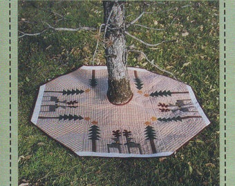 """UNCUT Outdoor 44"""" Tree Skirt or Table Cloth Pattern by Fabric Expressions, 1995"""