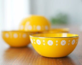 Mint Cathrineholm Yellow Viking Bowls
