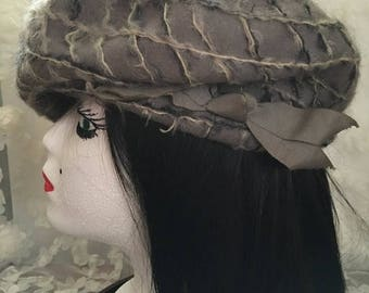 CLEARANCE SALE Vintage 1950s Wool/Moher Silver Gray Beret with Decorative Ribbon by Sears Fashion Union Made in USA