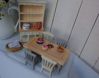 1/12 scale dolls house furniture table chairs, dresser and accessories handpainted