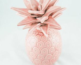 Pineapple pink ceramic