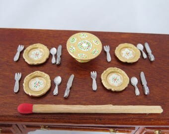 Hand-Painted Dollhouse Miniature 1/24th Scale Table Setting - Buttermilk