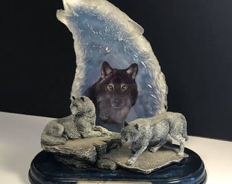 BRADFORD EXCHANGE WOLF figurine statue sculpture Keepers of Sacred Watch crystal by Eddie Lepage Valiant Protectors 3rd third issue