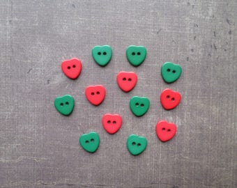 50 buttons form small hearts colours green and Red