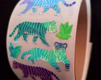 Plastic sticker roll with 50 breaks Tiger