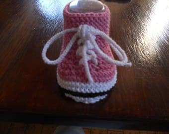 Baby booties in wool bamboo and cotton pink sole white.