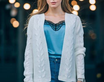 Wool knitted cardigan Womens short knit cardigan Wool white cardigan Womens sweater Knitted womens cardigan beige Warm sweater wool