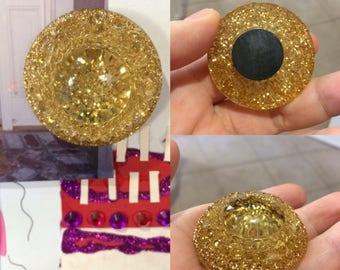 Refurbished Gold Glitter Magnet