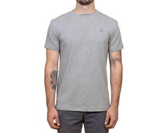 Minimalist Gray t-shirt // Wolf embroidery // Man