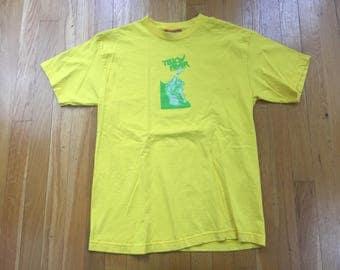 Vintage Hook-Ups Evil Dead tshirt size M yellow fever jeremy klein anime japanese skate skater sk8 skateboard girl 1981 Necronomicon