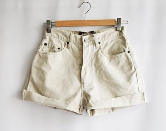 Vintage Beige shorts