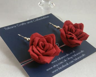 Roses Dangle Earrings / Tsumami Kanzashi / Geisha Inspired / Vintage Fashion / Floral Dangle Earrings