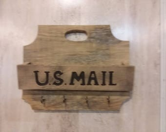 mail organizer made from recycled pallet wood with key holders
