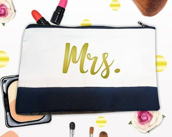 Mrs Makeup Bag, Gift bag, Birthday Present, Personalized Bag,Bag for Women,Cosmetic bag