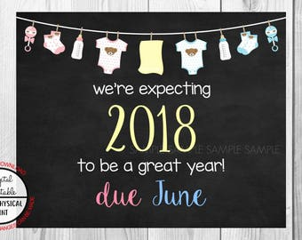 Pregnancy Announcement Sign, Pregnancy Reveal, Printable, we're expecting, Photo Prop, Instant Download, Chalkboard Sign, due June 2018