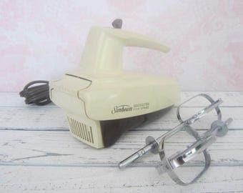 Vintage Sunbeam Mixmaster Five Speed hand Mixer Vintage kitchen Mixer baking Mixing Beige Electric Mixer