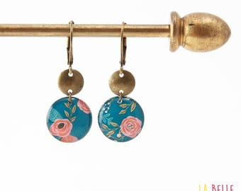 Small earrings ' sleepers earrings resin blue flower pattern