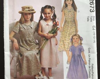 McCall's 2673 dress pattern
