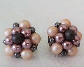 Vintage Faux Pearl Cluster Clip-On  Earrings, Clip-0n Earrings, Vintage Custom Jewelry, Vintage Jewelry, Clip-On Earrings