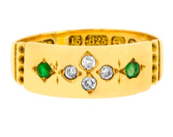 1890-91 Late Victorian Emerald and Diamond Band in 15ct Yellow Gold (3215002)