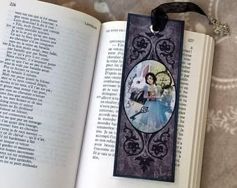 Bookmark - Alice in Wonderland