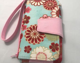 Pearl Clutch Wallet, Stylish Wristlet, Cell Phone Wallet, Oriental Blooms
