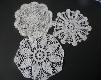 FREE SHIPPING USA White Round  Crocheted Cotton Doiles   161B