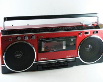 Vintage Bright Red Simens Club 814 German Stereo Radio Casette Player Portable Boombox Fully Functional
