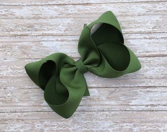 Olive Boutique hair bow, hair bows, solid color hair bows, large hair bows, saint patricks hair bows, green hair bow, boutique bows