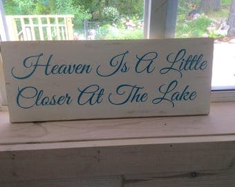 Heaven is a little closer at the Lake wood pallet sign, cottage decor, Lakehouse decor, housewarming gift, blue & white decor,