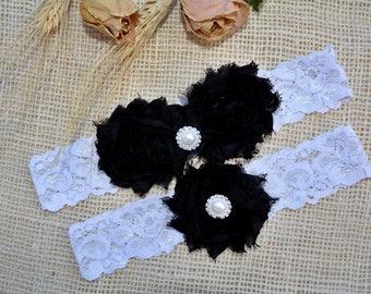 Black Wedding Garter Set, Black Bridal Garter Set, Black Garter Set, Black White Garter, Gothic Wedding, Black Keepsake Garter, Black Toss