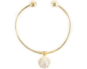 Gold flower cuff